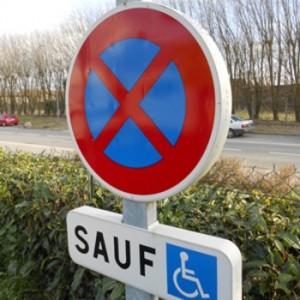 Kit panneau de STATIONNEMENT Handicap
