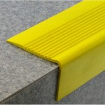 Nez de marche PVC a coller NMDL